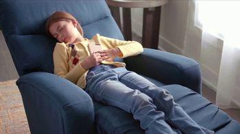 La-Z-Boy Father's Day Sale TV Spot, 'BOGO Recliner Event' - Thumbnail 3