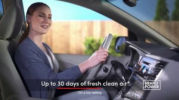 Febreze Car Vent Clips TV Spot, 'Brand Power: 30 Days of Fresh Air' - Thumbnail 5