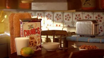 Cinnamon Toast Crunch Churros TV Spot, 'Para cualquier momento' [Spanish] - Thumbnail 1