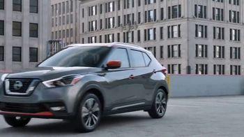 2019 Nissan Kicks TV Spot, 'Flexiona' canción de Louis The Child [Spanish] [T1] - Thumbnail 6