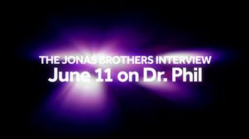 Phil in the Blanks TV Spot, 'The Jonas Brothers' Song by Jonas Brothers - Thumbnail 9