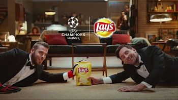 Lay's TV Spot, 'UEFA Champions League: Face Off' Featuring Lionel Messi, David de Gea - Thumbnail 10