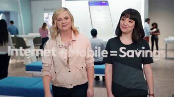 XFINITY Mobile TV Spot, 'A Little Bird Told Me: Internet and Mobile: $29.99' Feat. Amy Poehler - Thumbnail 2