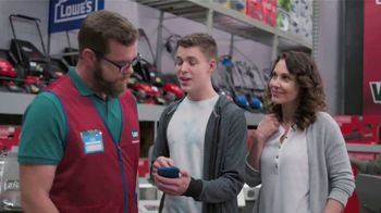 Lowe's Father's Day Sale TV Spot, 'Dad Knows Best' - Thumbnail 5