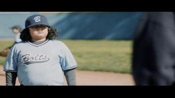 DIRECTV TV Spot, 'Little League: 4K' - Thumbnail 5