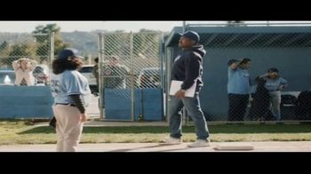 DIRECTV TV Spot, 'Little League: 4K' - Thumbnail 8