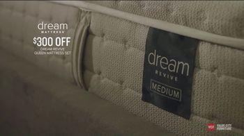 Value City Furniture TV Spot, 'Dream Mattress Studio: Dream Revive' - Thumbnail 4