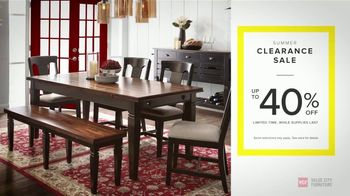 Value City Furniture Summer Clearance Sale TV Spot, 'Unbelievable Savings' - Thumbnail 4