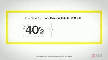 Value City Furniture Summer Clearance Sale TV Spot, 'Unbelievable Savings' - Thumbnail 7