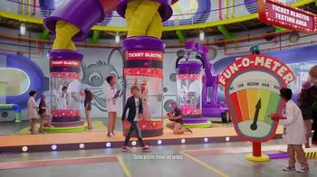 Chuck E. Cheese's TV Spot, 'Maximum Fun' - Thumbnail 3