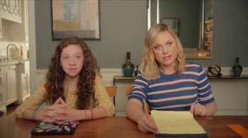 XFINITY xFi TV Spot, 'Online Time Offer' Featuring Amy Poehler - Thumbnail 4