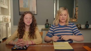 XFINITY xFi TV Spot, 'Online Time Offer' Featuring Amy Poehler - Thumbnail 7