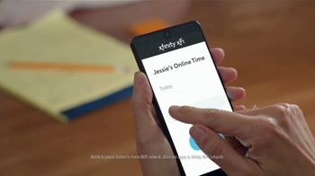 XFINITY Internet TV Spot, 'Online Time Offer: $30' Featuring Amy Poehler - Thumbnail 7