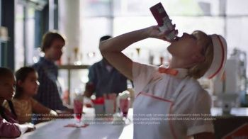 Capital One Savor Card TV Spot, 'Four Percent with Friends Pre-Order' Featuring Taylor Swift - Thumbnail 8