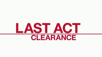 Macy's TV Spot, 'Last Act Clearance Finds' - Thumbnail 7