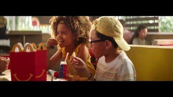 McDonald's Happy Meal TV Spot, 'The Lion King' canción de Billy Eichner & Seth Rogen [Spanish] - Thumbnail 7