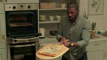 Freschetta Brick Oven Crust Five Cheese Pizza TV Spot, 'Movie Night'