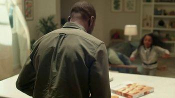 Freschetta Brick Oven Crust Five Cheese Pizza TV Spot, 'Movie Night' - Thumbnail 9