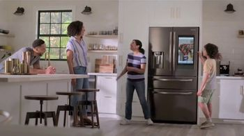 Lowe's TV Spot, 'Save the Best for Last: Samsung Family Hub' - Thumbnail 8