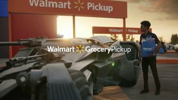 Walmart Grocery Pickup TV Spot, 'Famous Cars: Batmobile' [Spanish] - Thumbnail 9