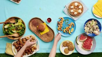 Winn-Dixie TV Spot, 'Ultimate Summer: Peaches, Grapes and Chips' - Thumbnail 7