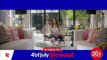 Overstock.com 4th of July Blowout TV Spot, 'Table Runner' - Thumbnail 8