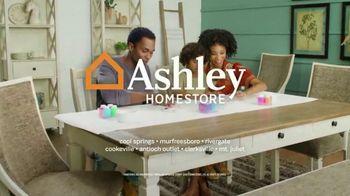 Ashley HomeStore Stars & Stripes Event TV Spot, 'Reclining Sofa' Song by Midnight Riot - Thumbnail 6