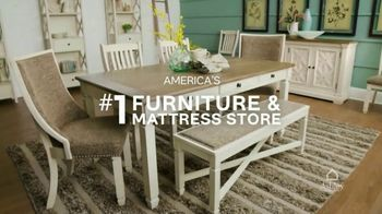 Ashley HomeStore Stars & Stripes Event TV Spot, 'Reclining Sofa' Song by Midnight Riot - Thumbnail 5