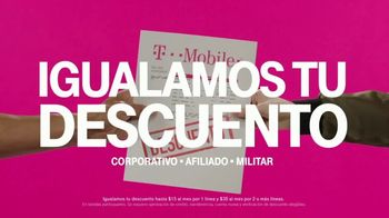 T-Mobile Unlimited TV Spot, 'Otra razón: datos y textos ilimitados' [Spanish] - Thumbnail 3