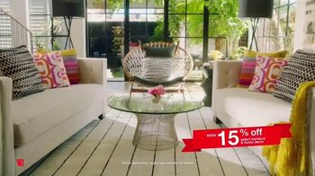 Overstock.com 4th of July Blowout TV Spot, 'Home Decor and Area Rugs' - Thumbnail 4