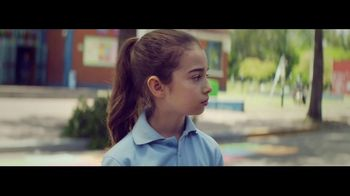 BP TV Spot, 'School Run: Don't Let Your Fuel Hold You Back' - Thumbnail 6