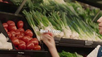 Walmart Grocery App TV Spot, 'Internacionales' canción de Bomba Estereo [Spanish] - Thumbnail 2