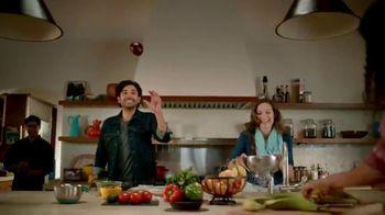 Walmart Grocery App TV Spot, 'Internacionales' canción de Bomba Estereo [Spanish] - Thumbnail 6