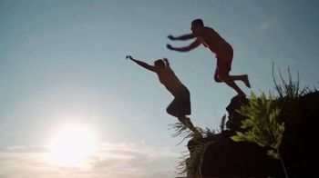 Bass Pro Shops Star Spangled Summer Sale TV Spot, 'Flag Chairs and Tailgate Toss'