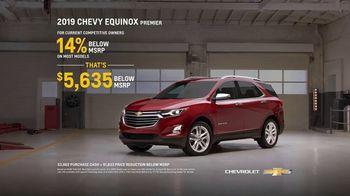 2019 Chevrolet Equinox TV Spot, 'Collision Shop' [T2] - Thumbnail 9
