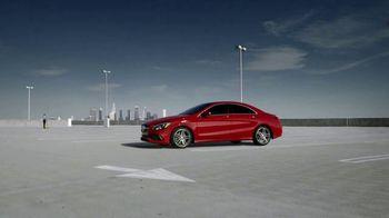 Mercedes-Benz TV Spot, 'Perception' [T2] - Thumbnail 3