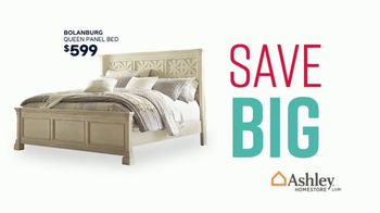 Ashley HomeStore Stars & Stripes Event TV Spot, 'Sectional, Queen Bed and Dining Table' - Thumbnail 3