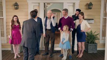 Mentos CleanBreath TV Spot, 'Small Talk: Lisa's Family' - Thumbnail 9