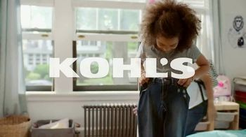 Kohl's Friends + Family Sale TV Spot, 'Tops, Sketchers and Towels' - Thumbnail 1