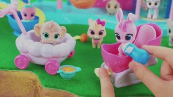T.O.T.S. Nursery Headquarters Playset TV Spot, 'Color Change Diapers' - Thumbnail 5
