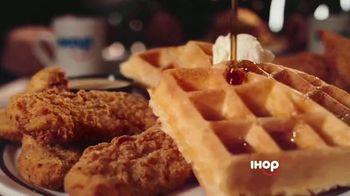 IHOP Chicken and Pancakes TV Spot, 'Atención' [Spanish] - Thumbnail 5