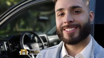 Chevrolet All-Star Open House TV Spot, 'Nos cambiamos' [Spanish] [T2] - Thumbnail 1
