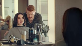 McDonald's Buy One, Get One for $1 TV Spot, 'Corte de cabello' [Spanish] - Thumbnail 4