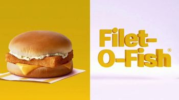 McDonald's Buy One, Get One for $1 TV Spot, 'Corte de cabello' [Spanish] - Thumbnail 8