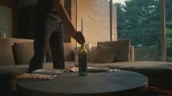 Truly Hard Seltzer TV Spot, 'Candle' Featuring Keegan-Michael Key - Thumbnail 5