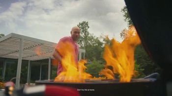 Truly Hard Seltzer TV Spot, 'BBQ' Featuring Keegan-Michael Key - Thumbnail 4