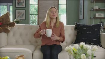 La-Z-Boy TV Spot, 'Keep It Real' Featuring Kristen Bell - Thumbnail 8