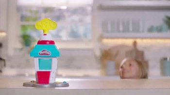 Play-Doh Kitchen Creations Popcorn Party TV Spot, 'The Party Pops' - Thumbnail 4