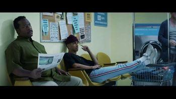 GEICO TV Spot, 'Matching Socks' - Thumbnail 4