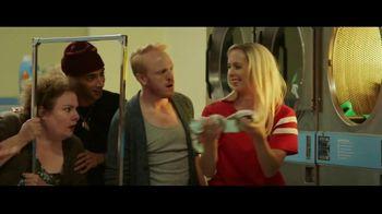 GEICO TV Spot, 'Matching Socks' - Thumbnail 6